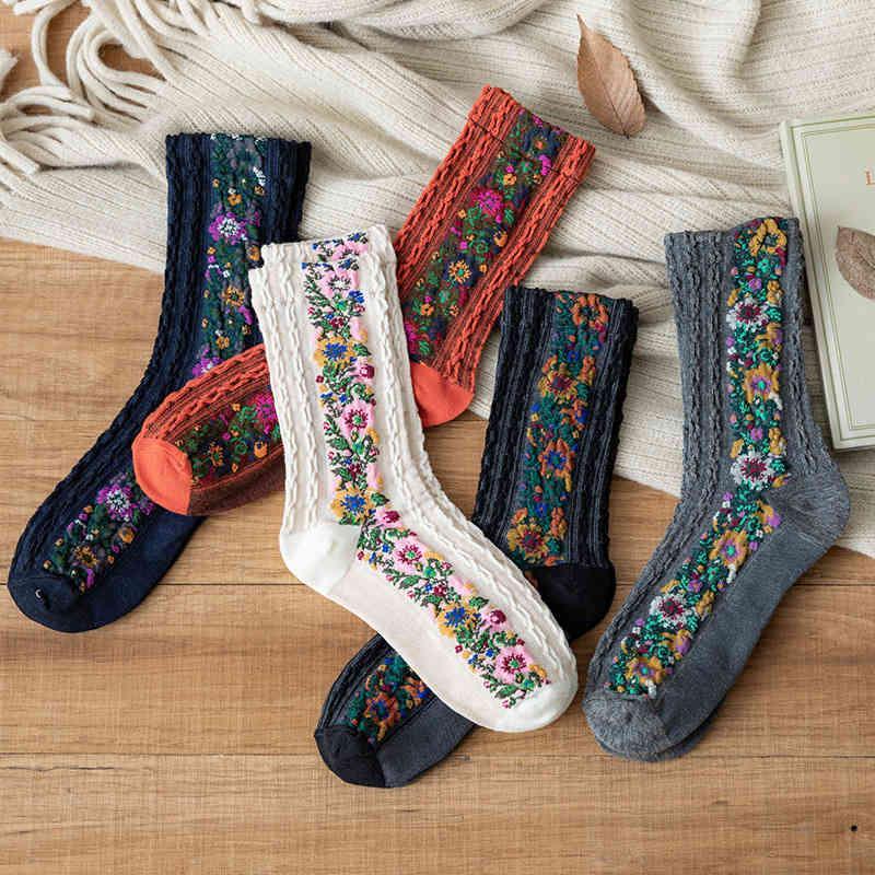 Socks Harajuku Designer Retro Sweater Floral Pattern 5d Geometric Long Sos for Teen Girls Korean Classical Tube Women Casual