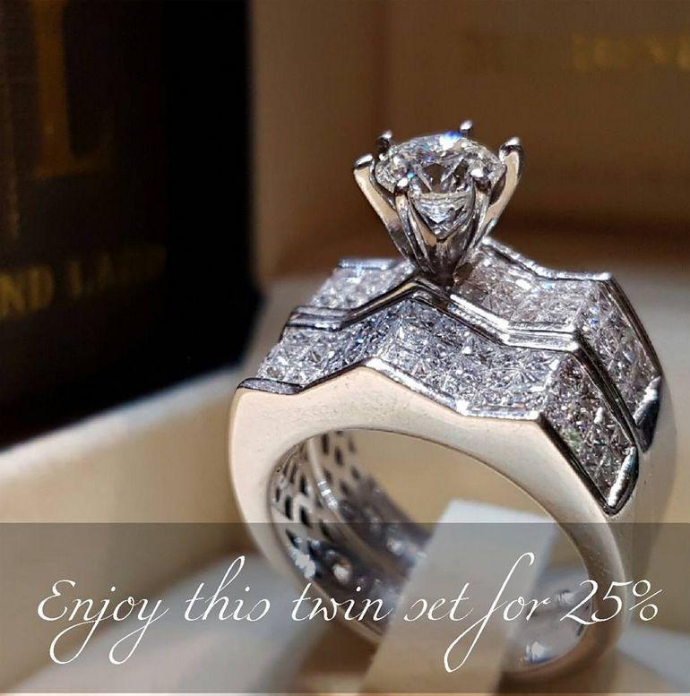 2019 Yeni Varış Lüks Takı 925 Ayar Gümüş Çift Yüzükler Açacağı Beyaz Saphire CZ Elmas Kadınlar Düğün Gelin Yüzük Seti Severler Hediye Için