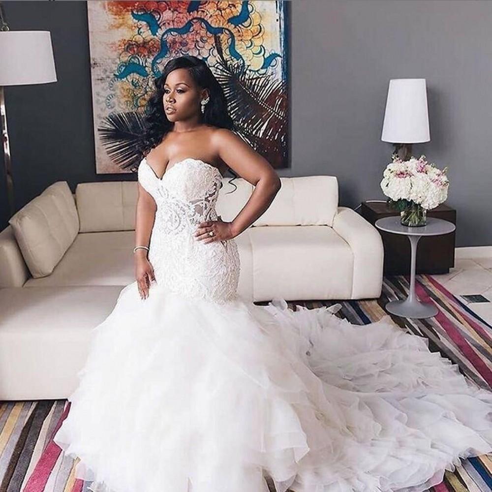 2021 Afrikanische Brautkleider Schatz Spitze Meerjungfrau Plus Größe Brautkleider Lace Up Tiered Sweep Zug Hochzeit Vestidos