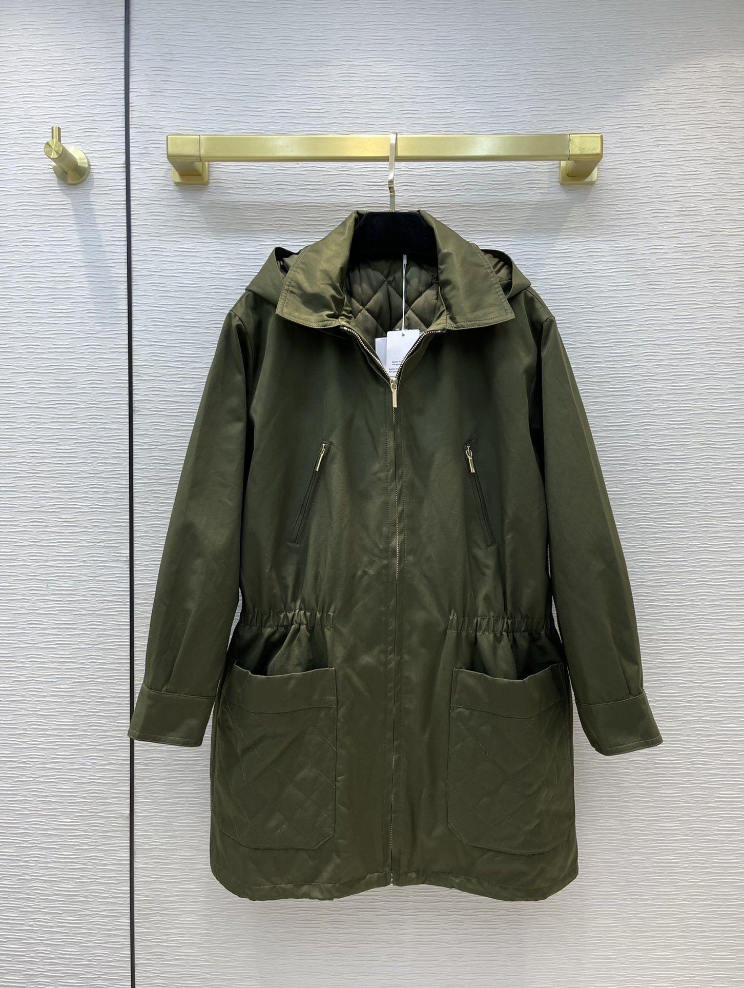 Kadın Trençkotlar 2021 Sonbahar Kış Uzun Kollu Kapüşonlu Ceket Tasarımcı Marka Aynı Stil Giyim 0918-4