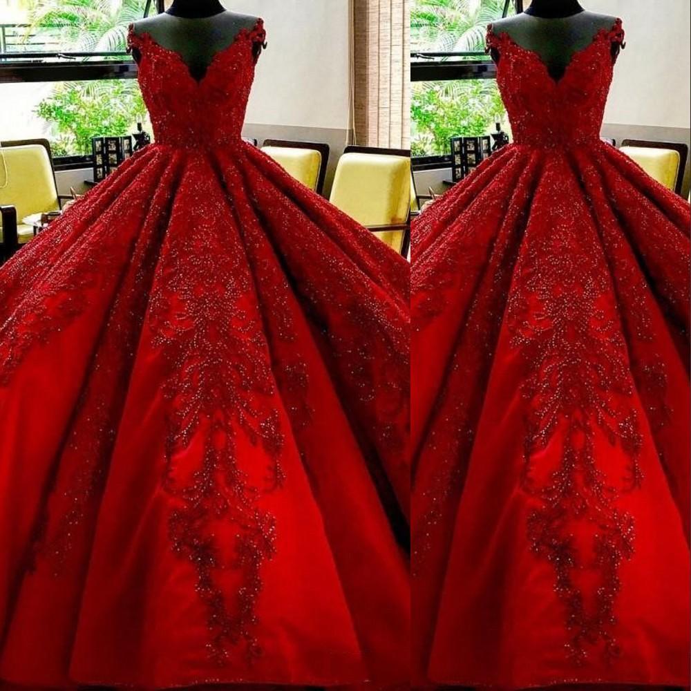 2021 섹시한 어두운 붉은 고급 아랍어 이브닝 드레스 착용 어깨 레이스 아플리케 블링 크리스탈 페르시 공 가운 공식 파티 드레스 댄스 파티 드레스 블링