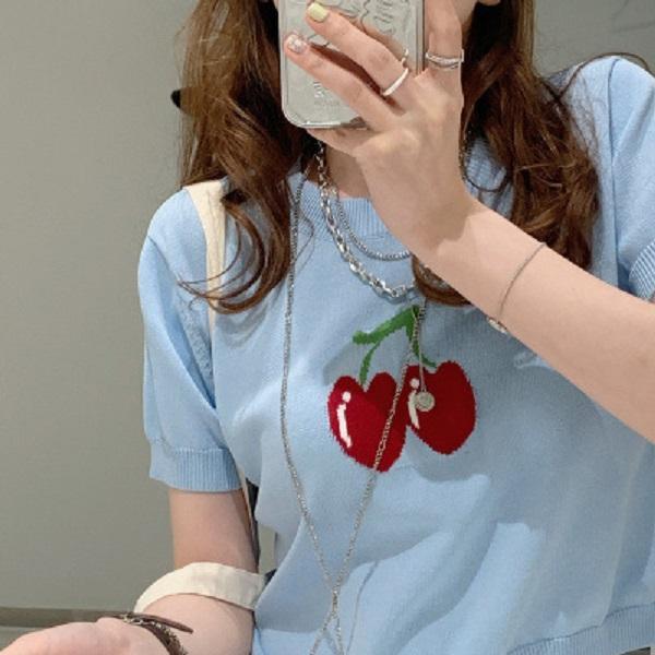 Primavera e verão mulheres camisetas manga curta cereja malha pulôver em volta do pescoço fino