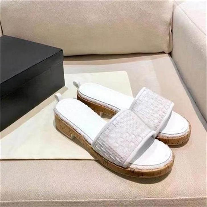 Rabatt Italien Ass Hausschuhe Pearl Snake Print Slide Sommer Breite Flache Dame Slipper Frauen Sandalen Luxus Designer Schuhe Kostenlose Geschenke Online Sale