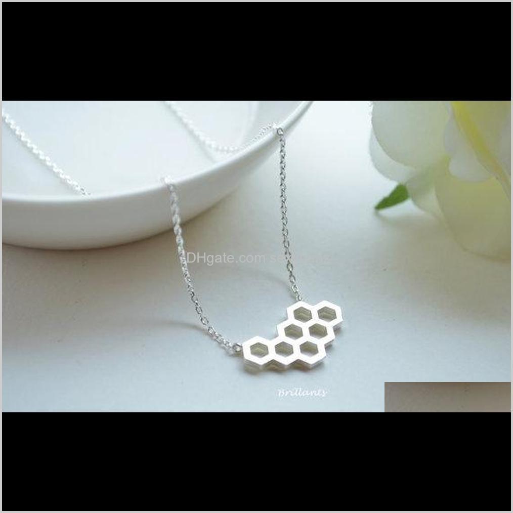 قلادة المعلقات مجوهرات انخفاض التسليم 2021 10PCS- N046 الذهب سير العسل مشط النحل خلية لطيف العسل خلية خلية النحل القلائد مسدس قلادة 3QF
