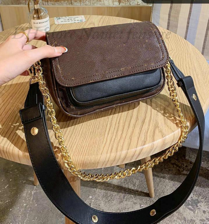 Lockme العطاء قفل لي الجلود حقيبة مصغرة الأزياء desinger سلسلة حقيبة يد المرأة crossbody مساء الكتف حقائب محفظة M58554 M58557 M58555