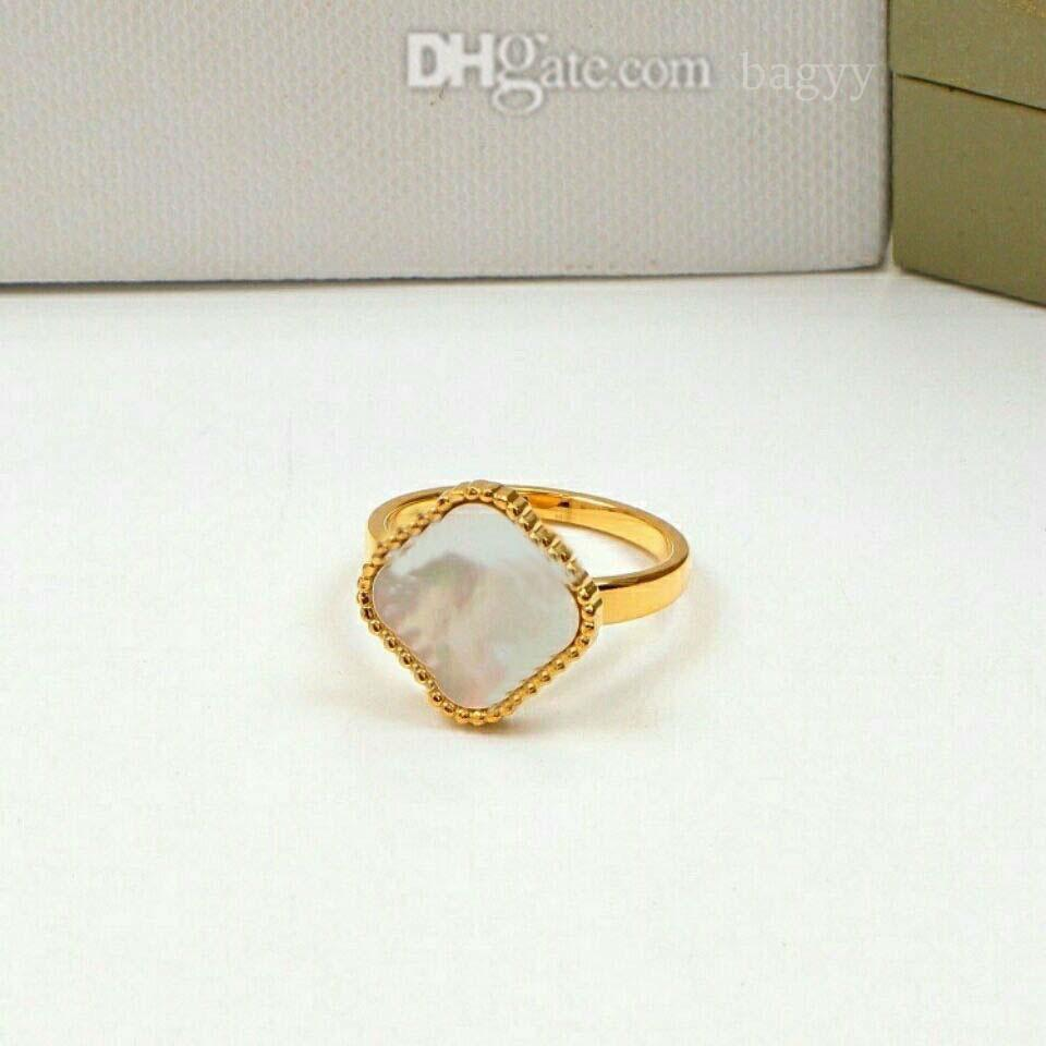 Jewelry Ladies ring Love rings Pendant van Necklaces Screw Earrings carti Bracelet Party Wedding Couple Gift Fashion Luxury cleef designer [with box] a004