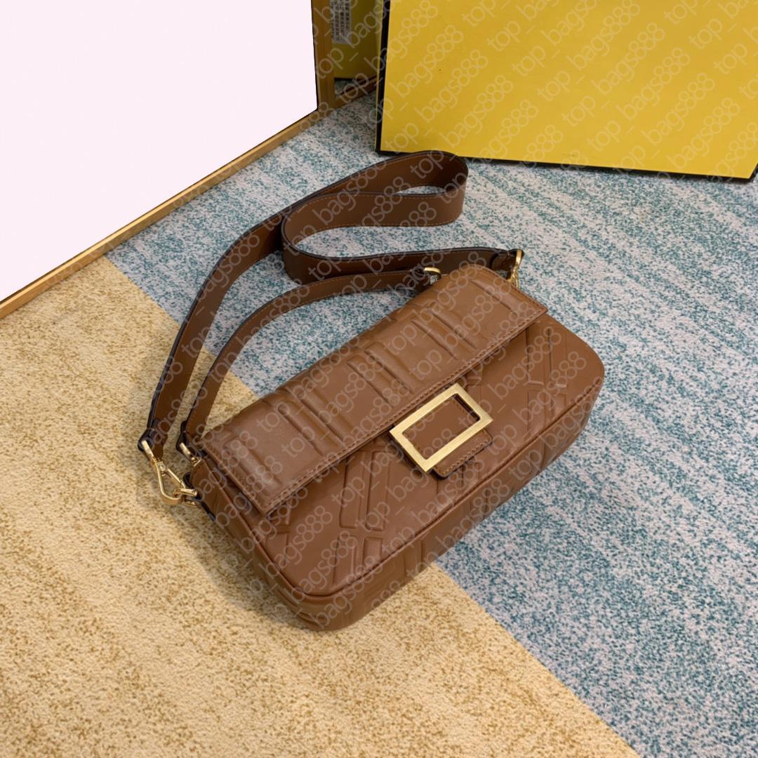 8BS600 Lammfell-Ebene-Medium 26cm Buchstaben geprägte Baguetee-Tasche 3D-Buchstaben-Stereo mit Datum Codebox Top Qualität Schulter Crossbody Bags 8 Farben