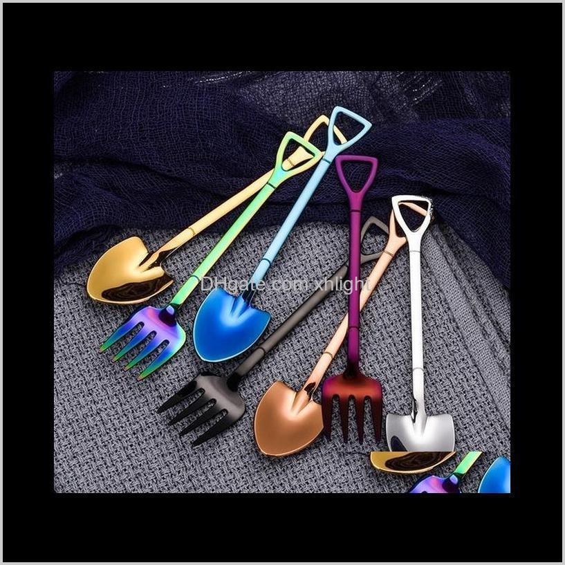 Spoons Ofdware Kitchen، شريط الطعام الرئيسية حديقة إسقاط التسليم 2021 الفولاذ المقاوم للصدأ مجرفة شكل متعدد الألوان ملعقة شوكة مقبض طويل القهوة أنا