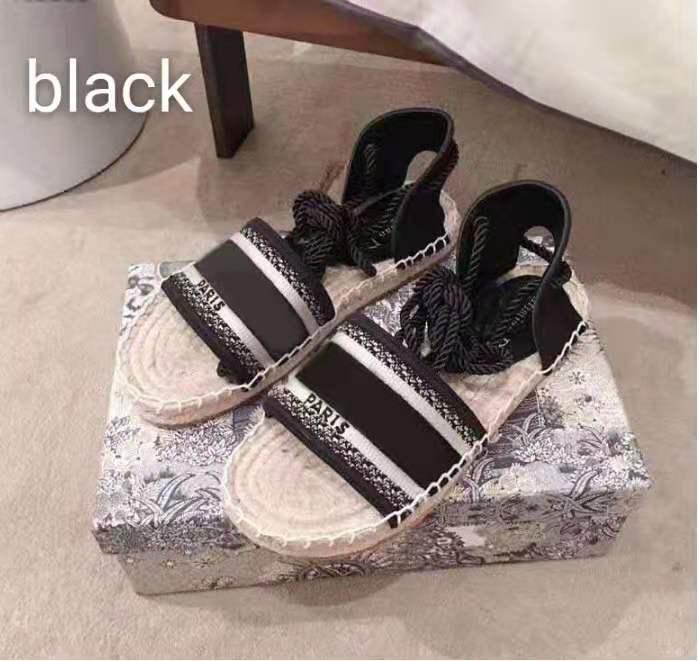 2021 Yaz Düz Casual Sandal Moda Lüks Işlemeli Lettered Balıkçı Ayakkabı Deri Kadın Ayakkabı Hop Halat Saman Dokuma Sandalet Büyük