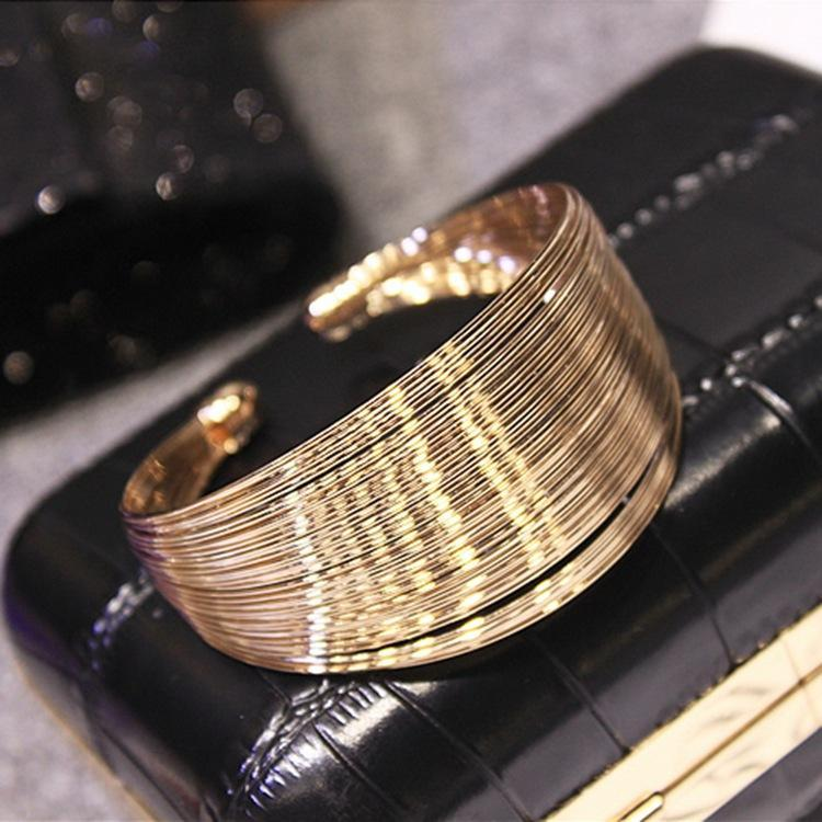Pasadas de lujo Mostrar Moda Femenino Titanio Steel Bangle Joyería Rose Oro Pulsera Pulsera Jewel Lover
