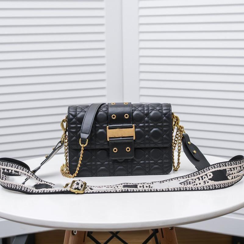 Mulheres Black Chain Bolsa de Ombro Senhoras Crossbody Bolsa de Ouro Fivela Decoração Top Diamante Material de Couro de Alta Qualidade Bolsa De Luxo Design
