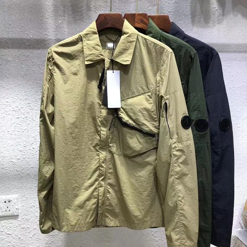 여름 경박된 캐주얼 솔리드 셔츠 옷깃은 다재다능한 남성 자켓 Chaopai 블랙 툴링 코트 유럽과 미국 간단한 상단