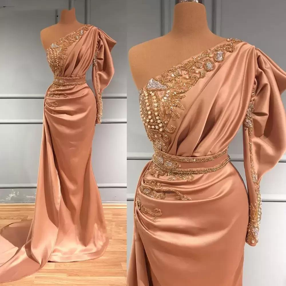 Blush Pink Long Sleeves Evening Dresses Satin One Shoulder 2022 Designer Beaded Crystlas Ruched Custom Made Prom Party Gown Formal Occasion Wear vestidos