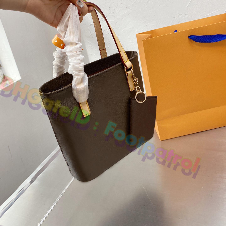 2021 Kadın En Kaliteli Kova Tote Alışveriş Çantası Çanta Crossbody Çanta Deri Hobos Lady Moda Omuz Çantaları Luxurys Tasarımcılar Debriyaj Çanta Bayanlar Cüzdan