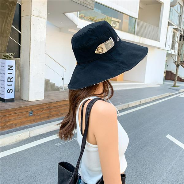 Bucket Hat womens fashion summer sun protection and UV fisherman hats women double sided wear wide brim caps travel to the beach wholesale