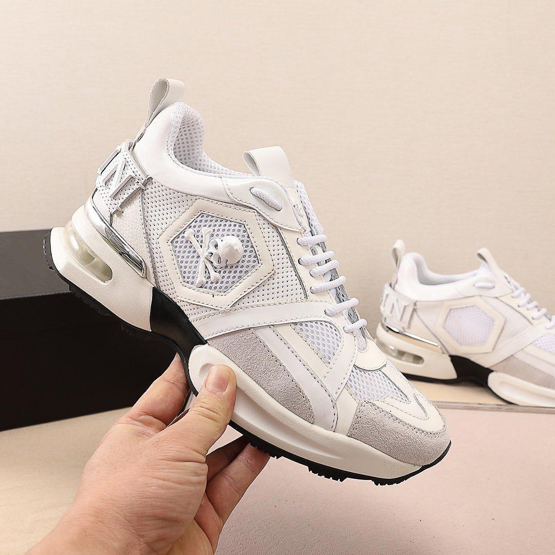 Yüksek kaliteli lüks tasarımcı ayakkabı rahat sneakers nefes örgü dikiş metal elemanları