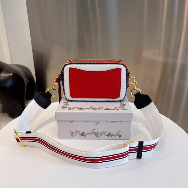 Мода Высокая текстура Сумка Сумка Продажи Женщины Горячая Летняя Снимок Снимок Crossbody Ladie Camera Известный Маленькая Мини Сумка Сумки Метчим Падж Дикий в Сердце
