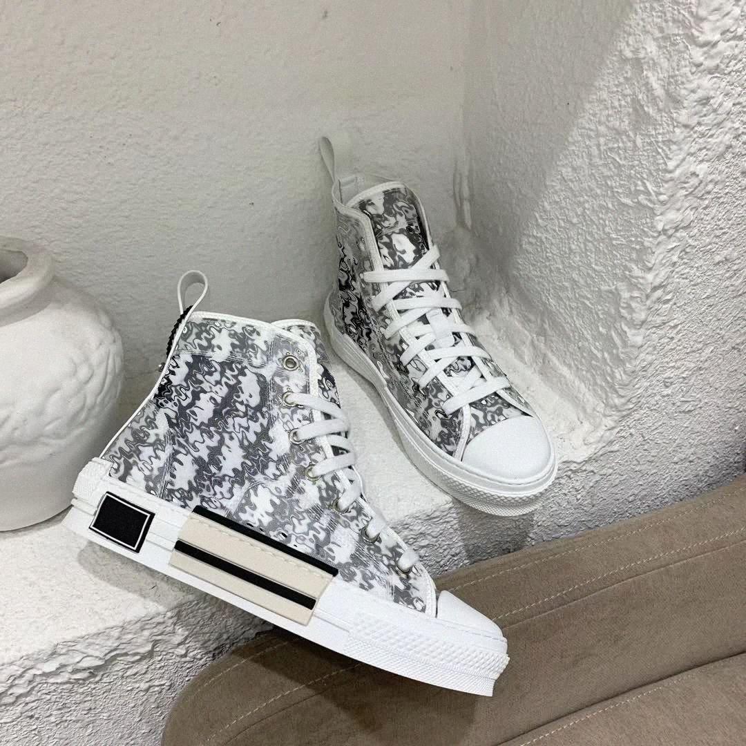 2021 ب 23 ارتفاع منخفض قطع الأعلى منحرف النحل الرجال النساء الأقدمات والأحذية أزياء أزواج الفنية الجلدية في الهواء الطلق منصة مصممين الكلاسيكية أحذية رياضية