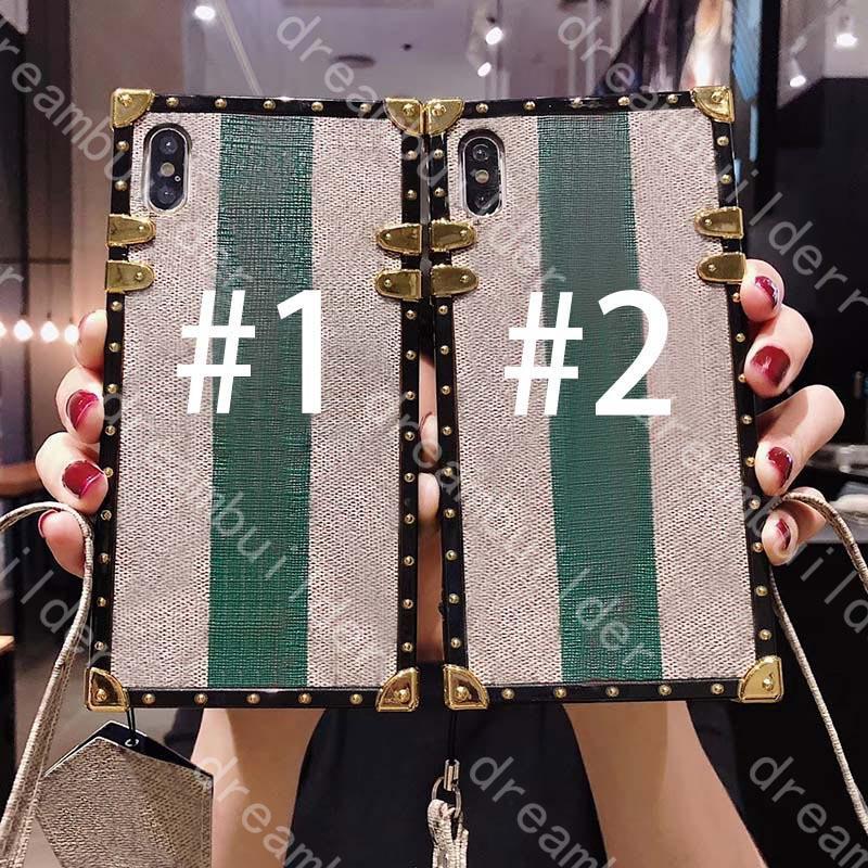 Casi del telefono della moda per iPhone 12 Pro Max Case 13 Mini 11 XR XS X XSMAX PU ricamo in pelle da ricamo Ape Shell Shell con cordino