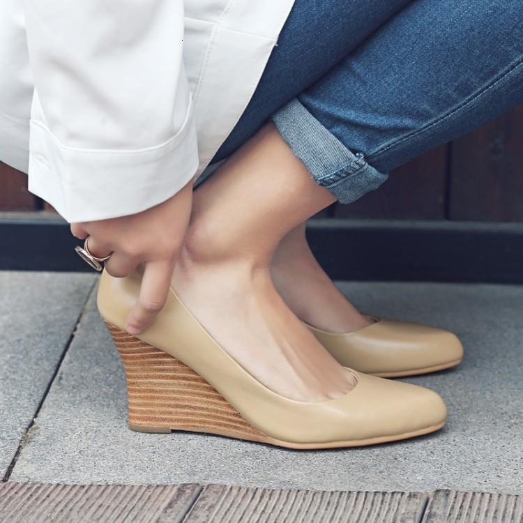 드레스 신발 여성의 정품 가죽 신발 22-24.5 cm 쇠가죽 채우기 하이힐 패션 캐주얼 펌프 봄 가을 야생 달콤한 및 CU5Q