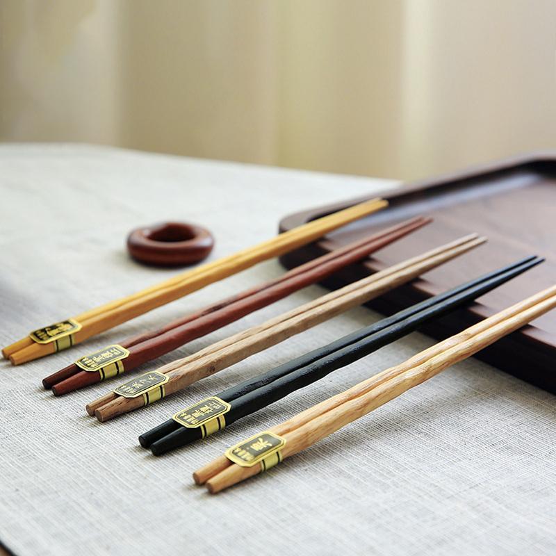 Çubuklarını 5 Pair / Kutu Ahşap Kullanımlık Bambu Ahşap Küçük Çiçek Çok Renkli Pirzola Japon Tarzı El Yapımı Hediye Sticks