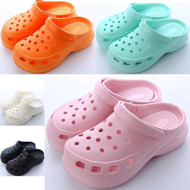 새로 판매 여성 여름 두꺼운 솔 워드 구멍 신발 숙녀 높이 증가 신발 검은 흰색 오렌지 핑크 그린 소녀 비치 클래식 샌들 슬리퍼 33-38