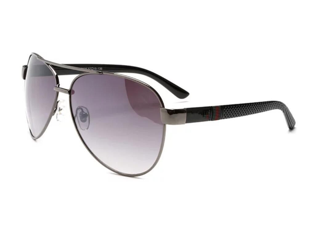 2112 الرجال تصميم النظارات الشمسية الكلاسيكية الأزياء البيضاوي إطار طلاء UV400 عدسة ألياف الكربون الساقين الصيف نمط النظارات مع مربع