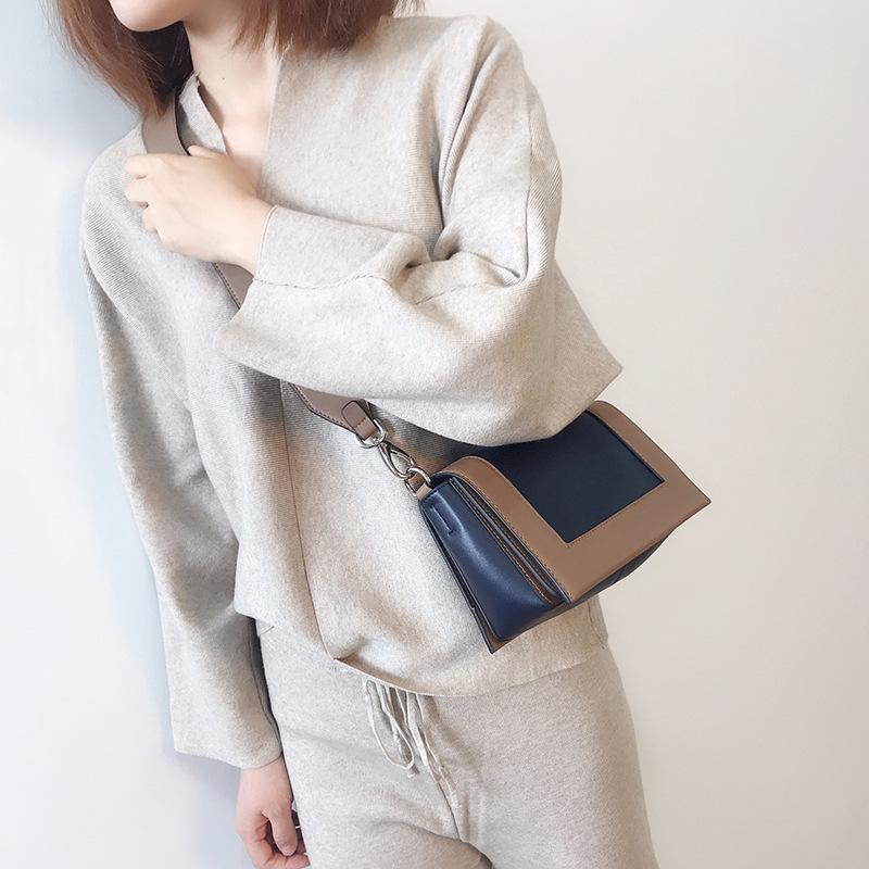 Fábrica Nuevo estilo de mujer cuadrado textura coreana pequeña bolsa pequeña versátil simple 2021 bolso de mensajero de un solo hombro