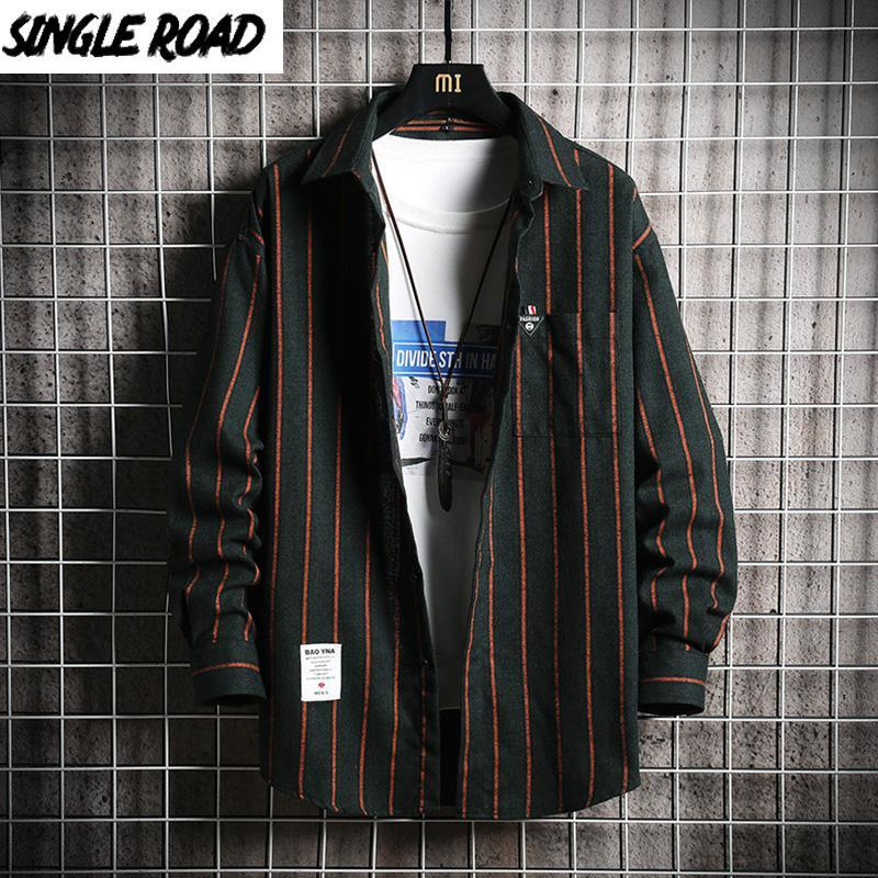 Singleroad Mens 드레스 셔츠 남성 2021 봄 스트라이프 긴 소매 하라주쿠 블라우스 한국 의류 남성 캐주얼을위한 녹색 셔츠