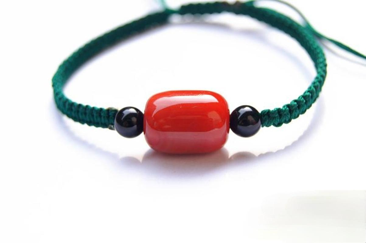 اليد السلالة اليدوية النقي دليل مجوهرات سلسلة تخصيص النسيج الظلام الأخضر مربع عقدة + 1 حبات العقيق الأحمر محظوظ سوار