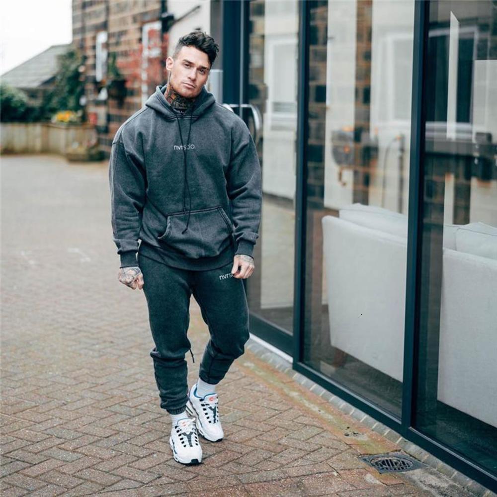 Neue Männchen Hoodies Trainingsanzug Mode Laufen 2020 Herbst Herren Sportswear Zwei Teile Sets Baumwolle dicke Hoodies + Hosen Sportanzug