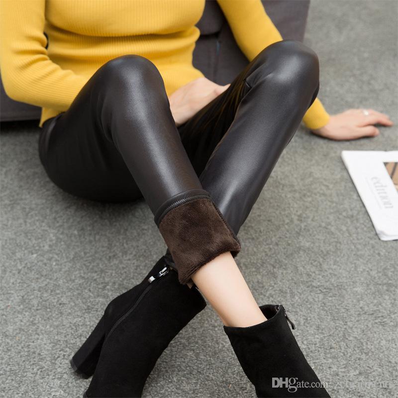 2017 Women Faux Leather Leggings Winter Warm Velvet Leggings Casual Plus Size Leggins Thickening High Waist Pants