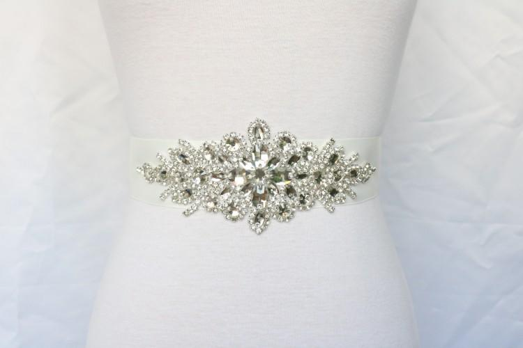 Real Picture Vintage Crystal Rhinestone Jewelry Wedding Belts Ribbon Bridal Sashes Free Shipping Beaded Shiny Bridal Accessories