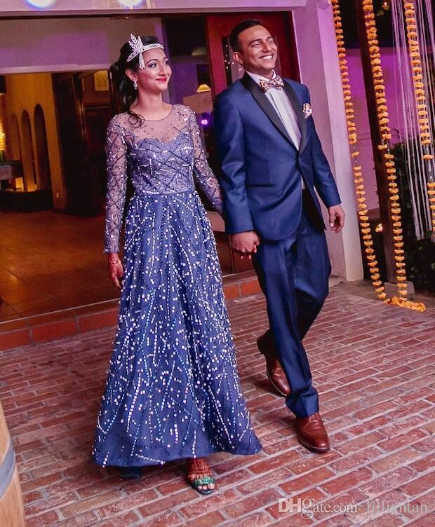 Lujo Zuhair Murad Vestidos de noche Magníficas lentejuelas Cristal Celebrity Vestidos de alfombra roja Raja frontal Formal A-Line Vestido de noche de fiesta de abalorios