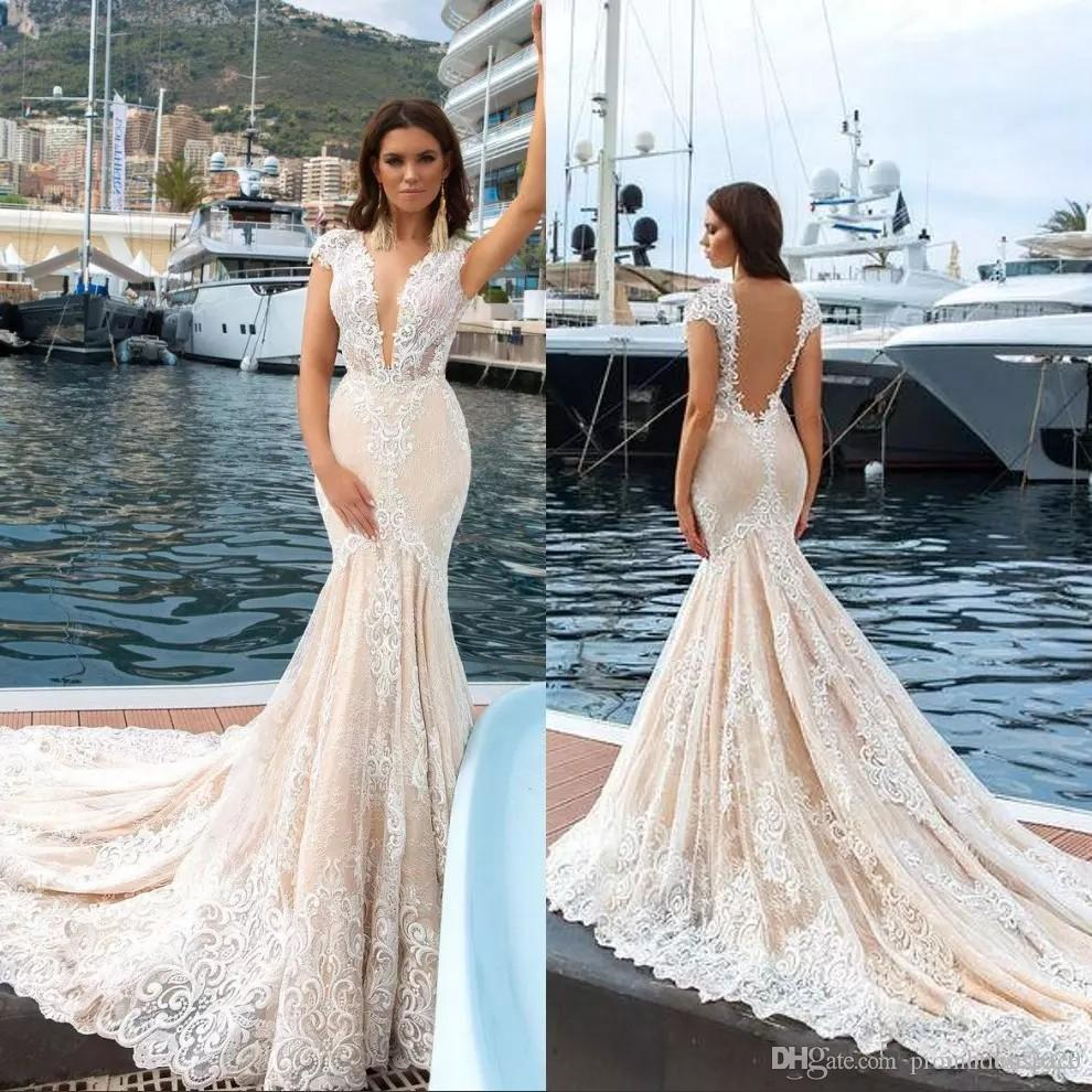 Champagne Lace Mermaid Wedding Dresses 2017 Cap Sleeves V Neck Appliques Sexy Backless Boho Wedding Bridal Gowns Plus Size