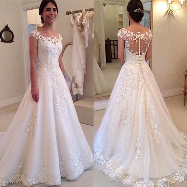 빈티지 레이스 웨딩 드레스 우아한 라인 보석 쥬얼리 모자와 함께 공식적인 신부 가운 소매 백파운 스윕 기차 화이트 아이보리 레이스