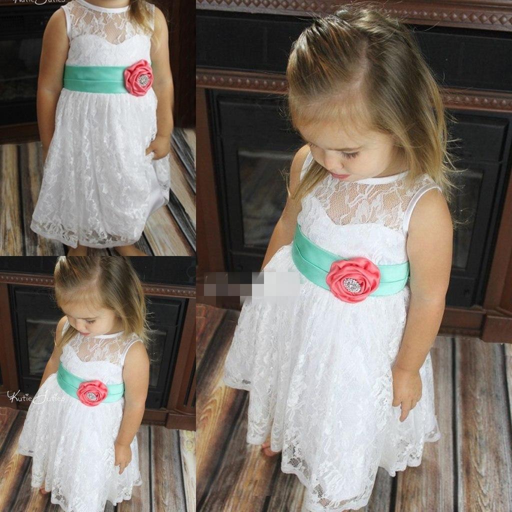 Goedkope Enkel lengte bloem meisjes jurken voor bruiloften kleine baby baby communie jurken multi kleur witte munt en koraal kralen toga