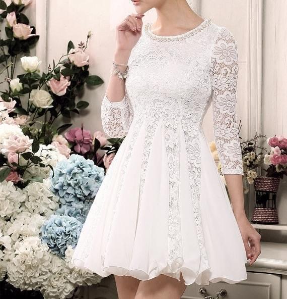Bästsäljande En Linje Jewel Mini Kort Chiffon Billiga Homecoming Klänningar med 3 4 Lace Syls Beaded Modest Billiga Graduation Short Prom Dress