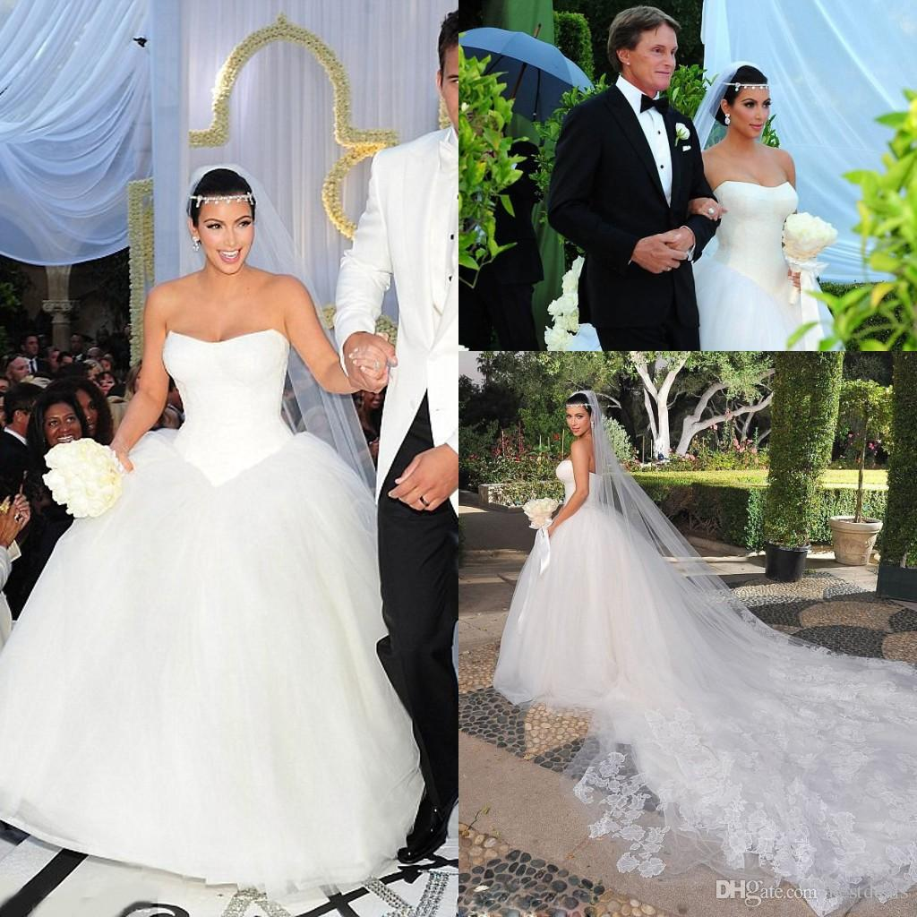 2017 Hot Fashion White Kim Kardashian Wedding Dresses Sexy Strapless Backless Lace Pleats Tulle Glitz Full Length Garden Bridal Gowns BO5900