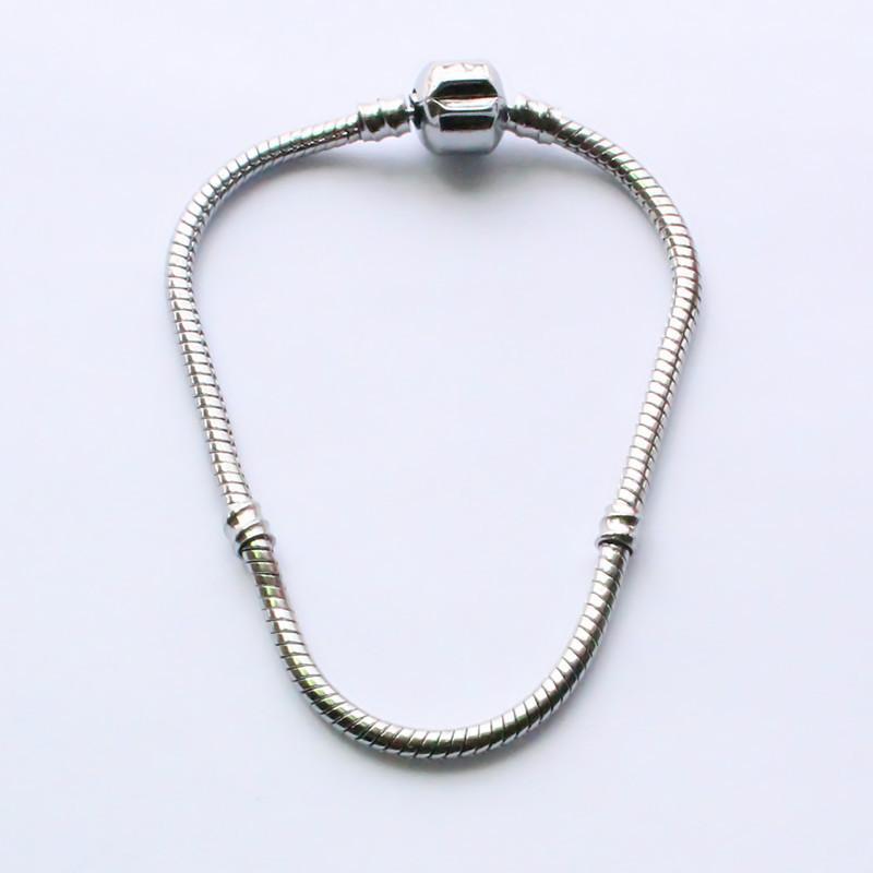 Promozione Catena placcata a vite in argento placcato rame a vite per collane di perle Eurpean Charms 17-21CM Lunghezza collana
