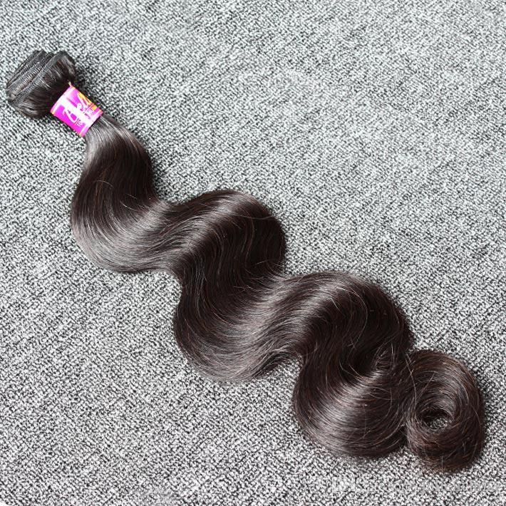 Natürliche schwarze Farben-malaysische Haar-Erweiterung 3 rollt Menschenhaar-Erweiterungen 8 ~ 30inch wellenförmige Körper-Welle zusammen Freies Verschiffen