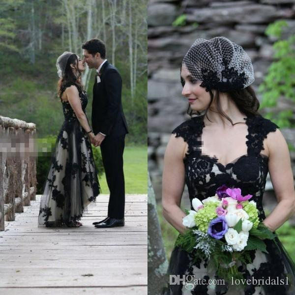 Vintage High Low Country Wedding Dresses Black Lace Appliques Bridal Gowns Sweetheart Neck Sheer Straps Sleeveless Brides Wear