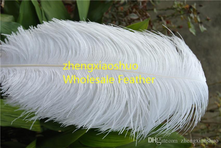 Grossistfri frakt 20-22 tum (50-55cm) vit strutsfjäder för bröllopsinredning, bröllopscentrumparty evenemang syry inredning