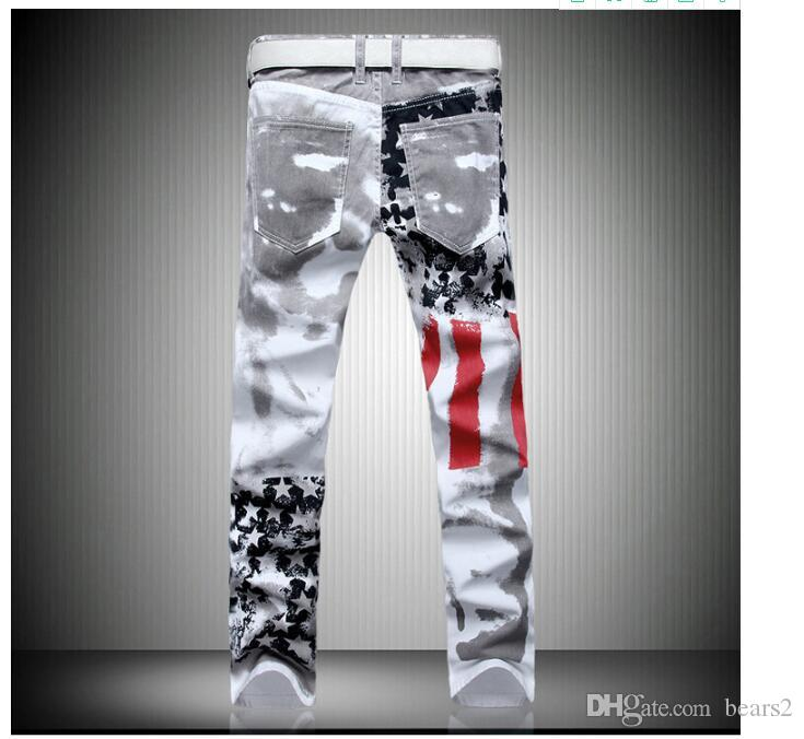 Pantalones vaqueros de diseño para hombres Hip Hop Tamaño Jeans famosa marca Denim Plus con la bandera americana se va volando los pantalones vaqueros TAMAÑO 28-42 envío