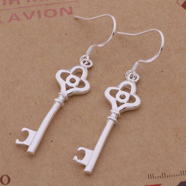 Moda (fabricante de joyas) 40 piezas mucho Plum cola pendientes clave 925 fábrica de joyería de plata Moda brillo pendientes