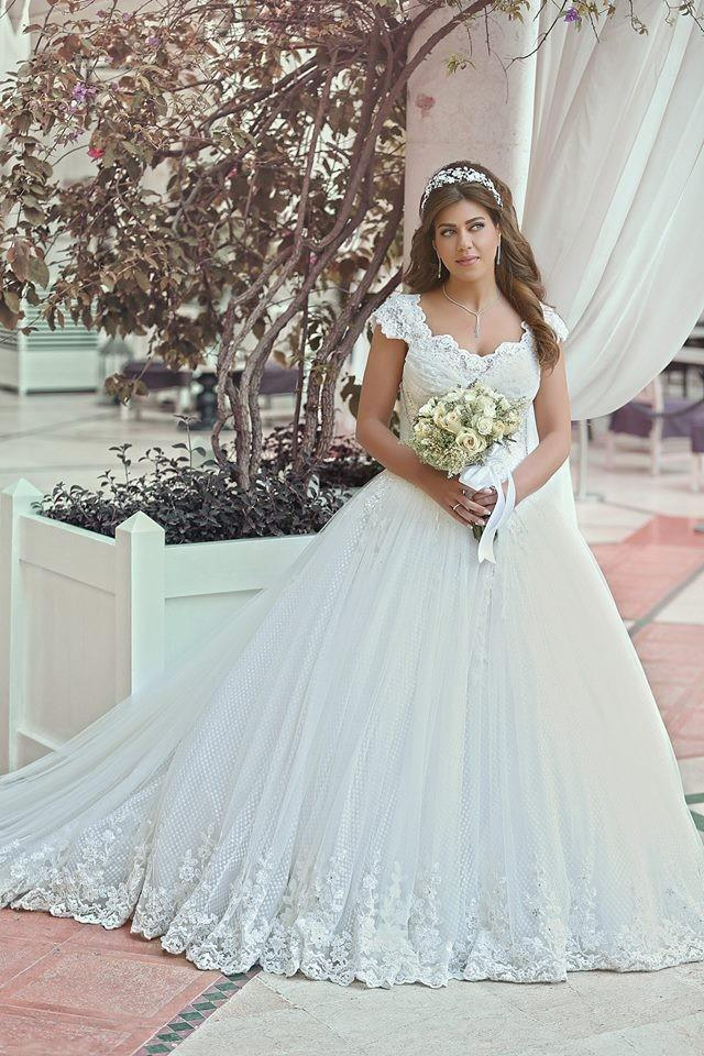 Discount Plus Size Wedding Dresses 2015 Wedding Dress With Cap Sleeves  Vintage Wedding Gowns Sweetheart Beaded Appliques Princess Cheap Bridal  Gowns ...