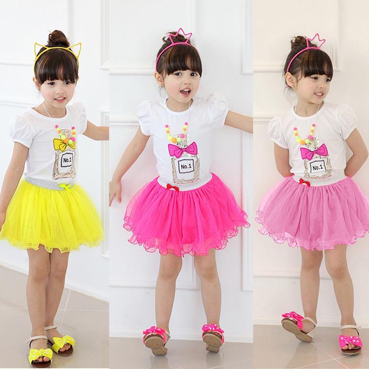 子供のための服のセット甘いキャンディーカラー子供の衣装漫画香水瓶半袖女の子服セット90-130 5set / lot K45