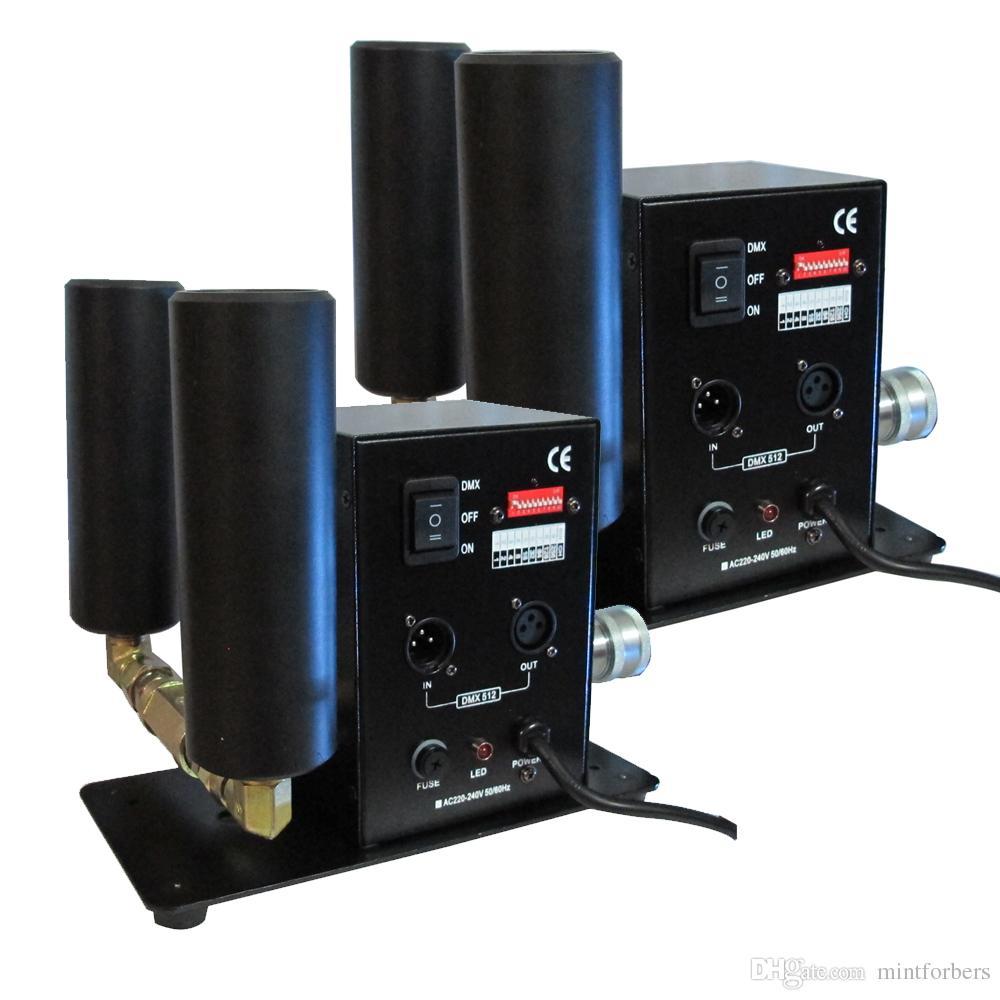 (2 Piezas / lote) Máquina de chorro de CO2 Máquina de doble tubería Equipo de Equipo DJ Effect Machine DMX o Control manual
