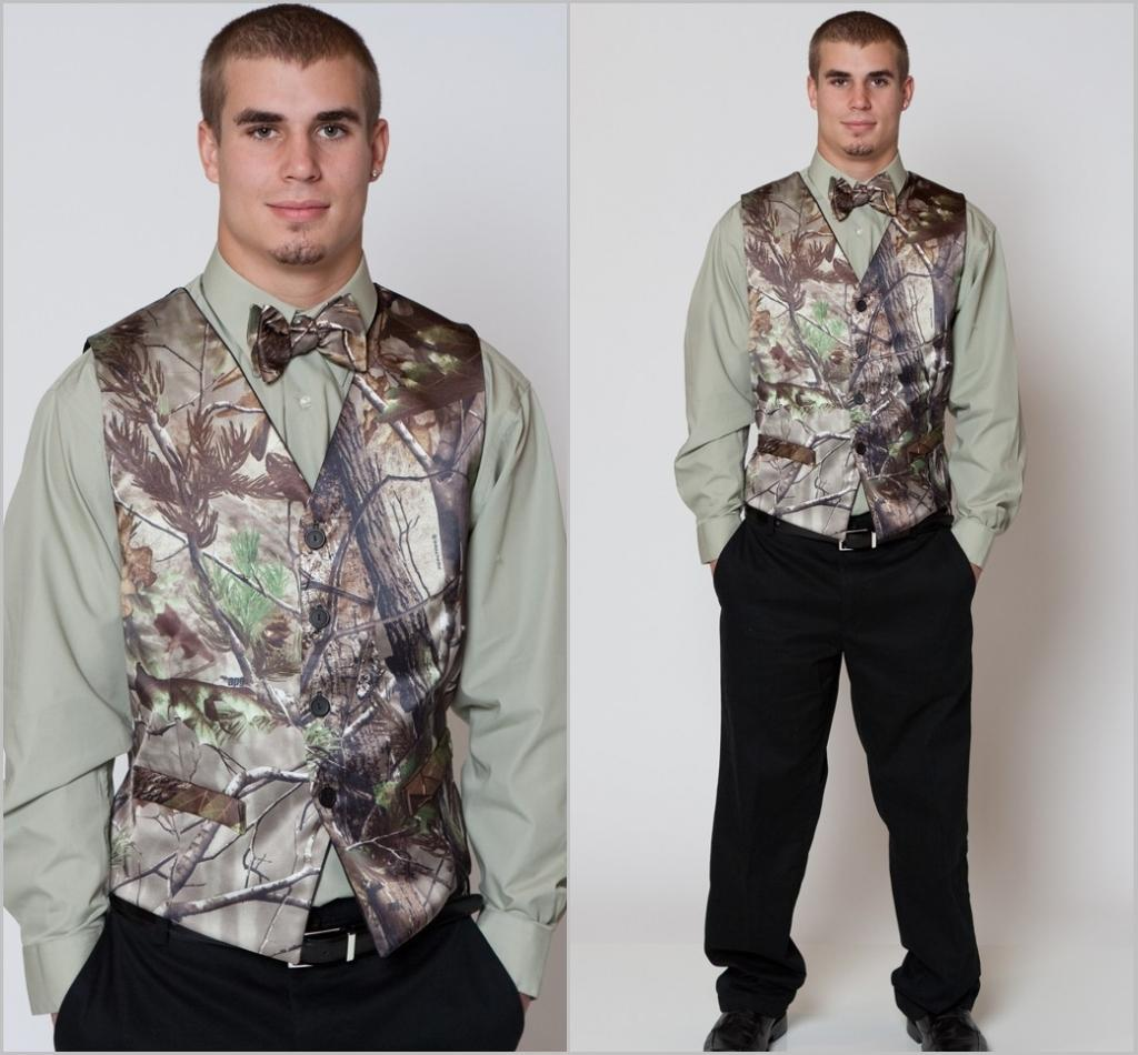 classic style official shop best sneakers Hot Realtree Camo Mens Vest With Four Buttons Tuxedo Vests For Men Suit  Camouflage Custom Mens Wedding Vest For Groom / Groomsmen Black Dress Vest  Bow ...