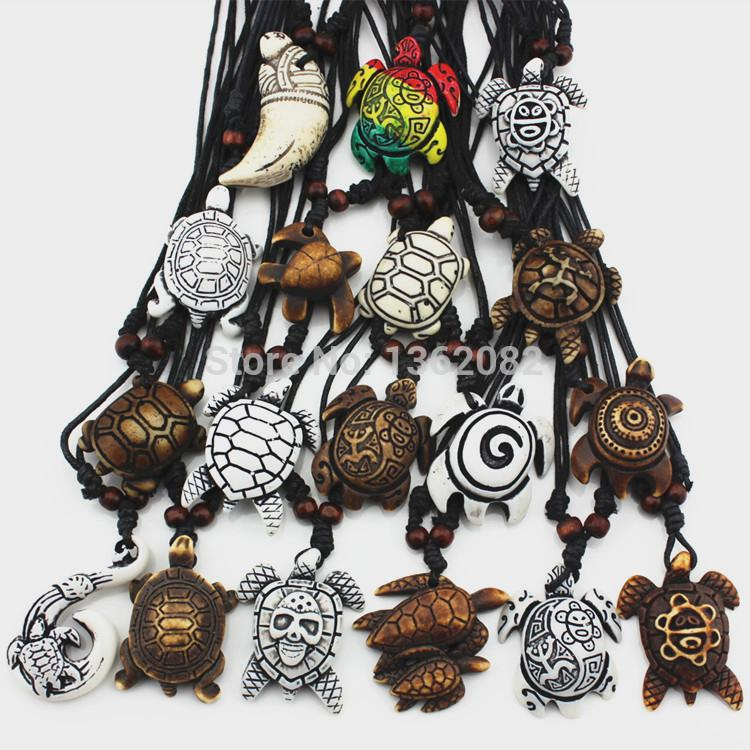Lotto 18 pz Moda Imitazione Bone Carving Mix Fortunato Surfer Sea Turtles Pendenti di Fascino Cordoncino Regolabile Collana Amulet Regalo MN345